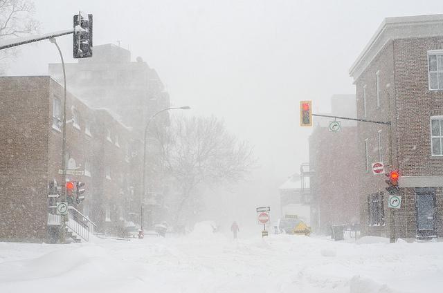 84e41f76f3852 Tempête de neige à Montréal. Photo par Matias Garabedian